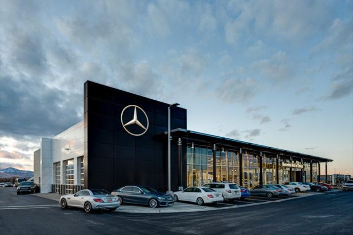 Mercedes Benz Off Campus Drive 2021